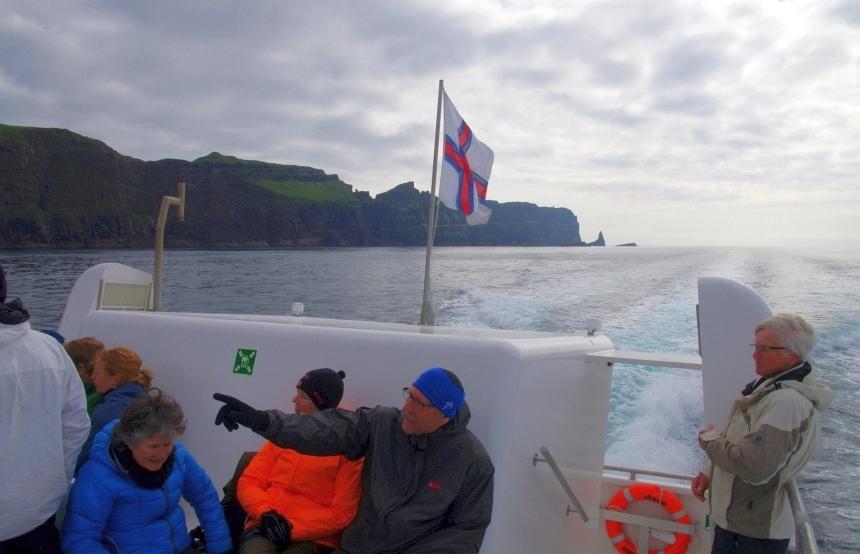Met de ferry terug van Mykines naar Streymoy.