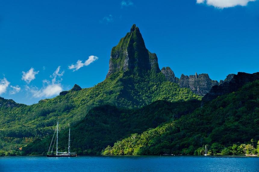 Moorea Island, Roto Nui Volcanic Mountain, Tahiti