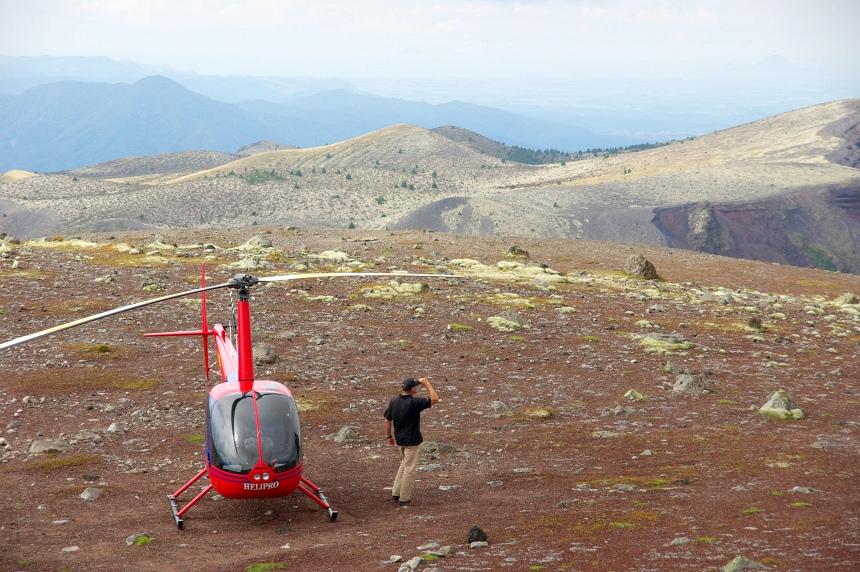 Een heli-tocht van 50 minuten met landing op een vulkaan. Wow!