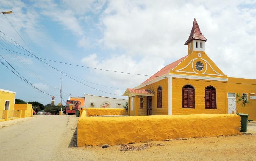 Het mooie kerkje van Rincon.