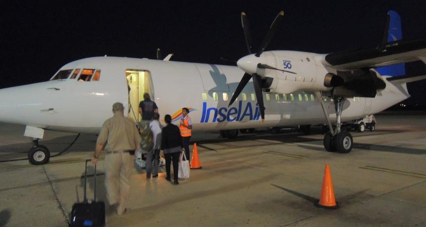 Met de laatste vlucht terug naar Curaçao.