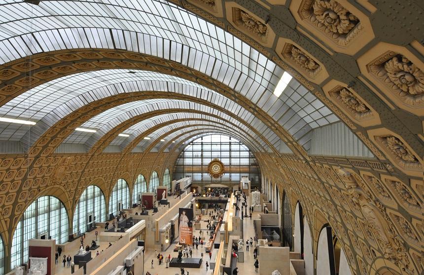 Musée d'Orsay is een van de populairste musea in Parijs en staat bekend om de beroemde collectie uit de tijd van Franse (post)impressionisten