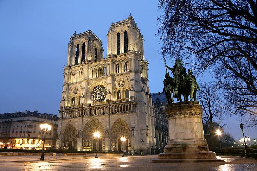 De Notre-Dame in Parijs is gratis te bezoeken.