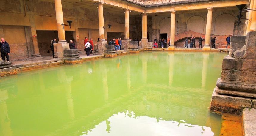 De Romeinse baden in Bath zijn zeer de moeite waard.