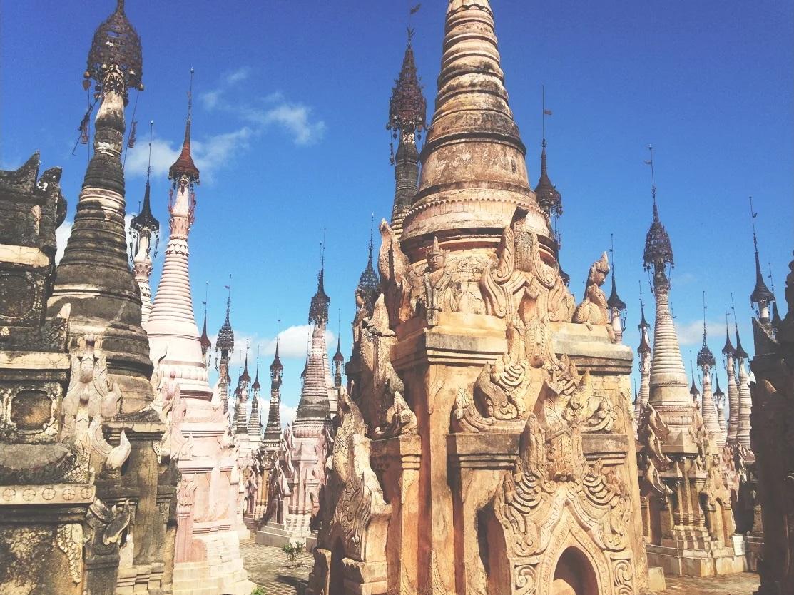 Kakku, de 2478 pagoda's
