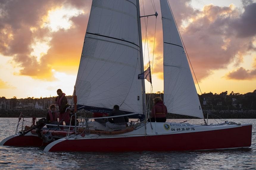 In Bretagne met een Catamaran naar Crozon.