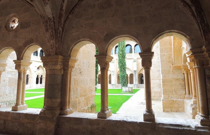 Alle details van het oude klooster zijn bewaard gebleven.