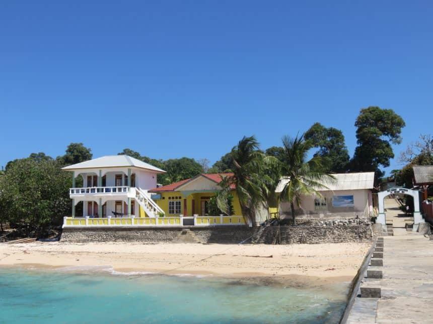 Huisje op Pulau Ai, een van de Banda-eilanden