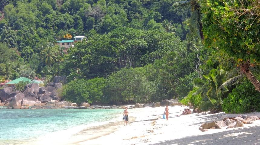 De Seychellen liggen midden in de Indische Oceaan te wachten op jou.