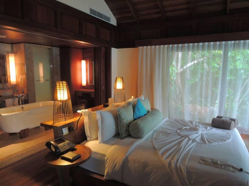 Mijn slaapkamer bij hotel Constance Ephelia op Mahe.