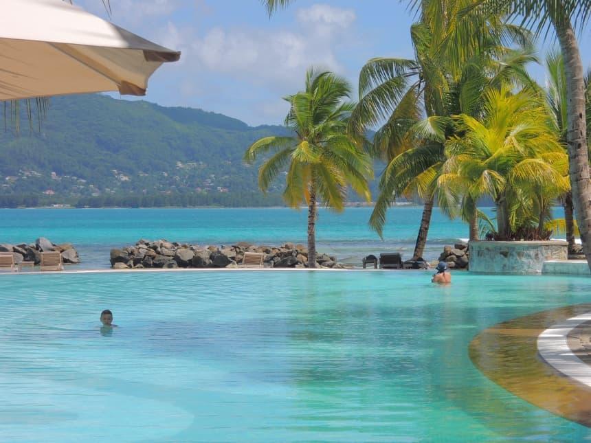 Sainte Anne Resort & Spa ligt op een privé-eiland bij Victoria.