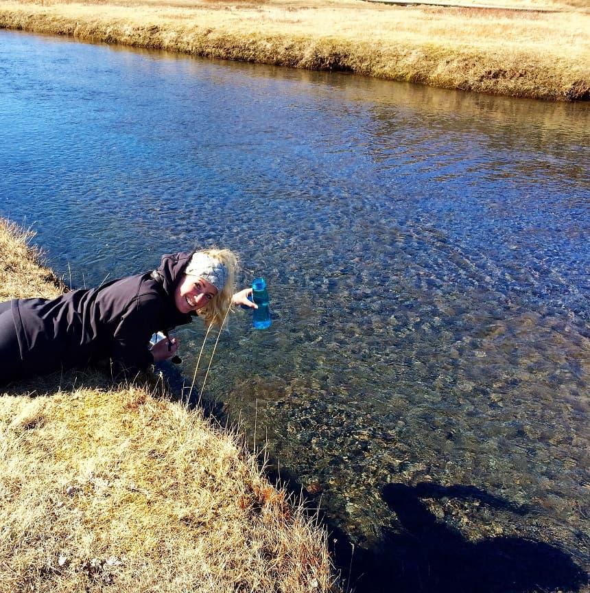 Bijzonder: je kunt je bidon vullen met het water uit de rivier.