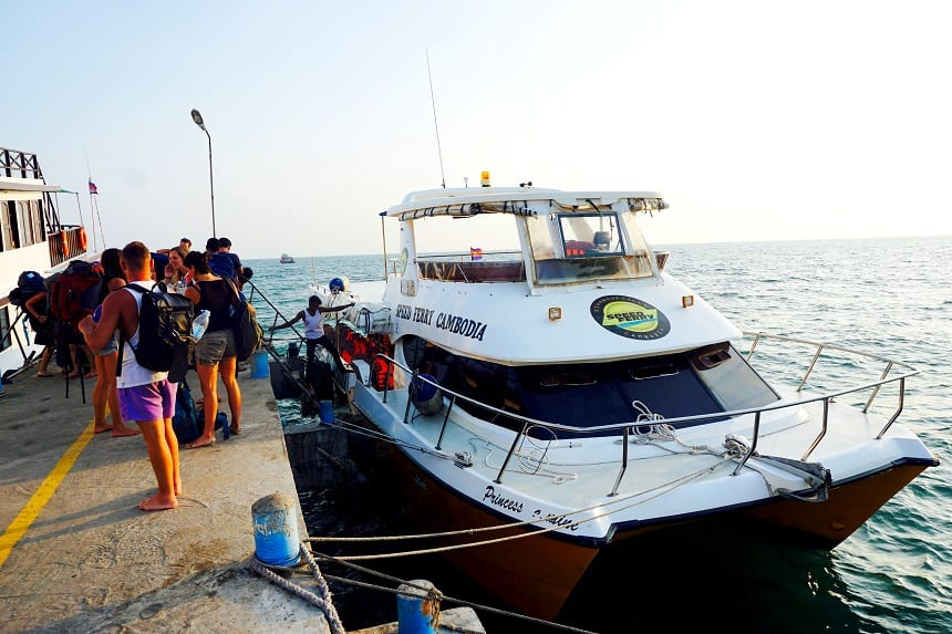 Ferry naar Koh Rong Samloem