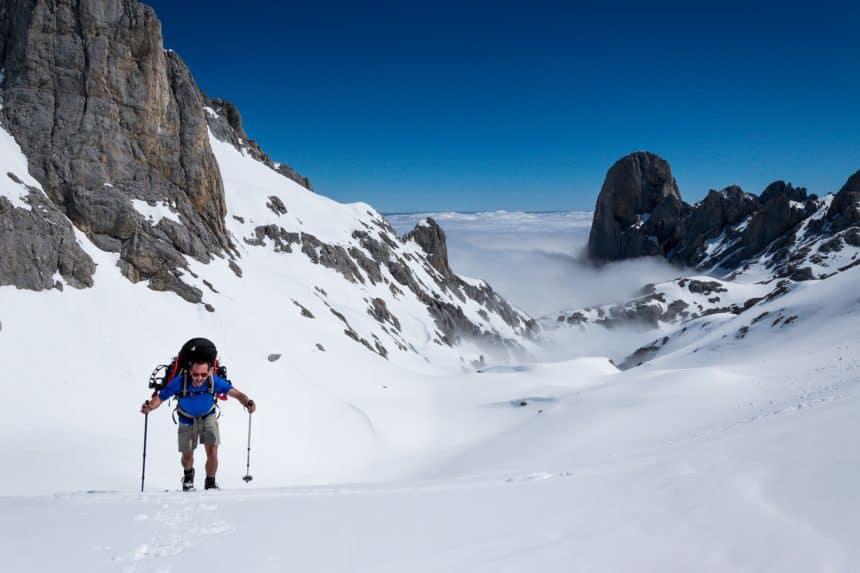 Met sneeuwschoenen over de hoogste toppen