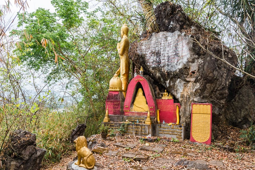 Klein heiligdom aan de Mekong