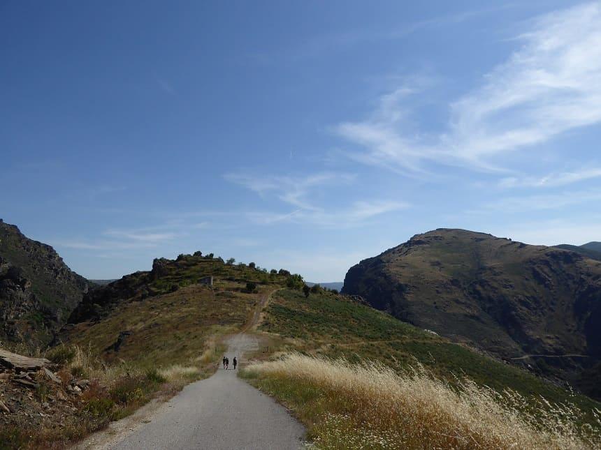 Eindeloze wandelpaden leiden je door het indrukwekkende landschap