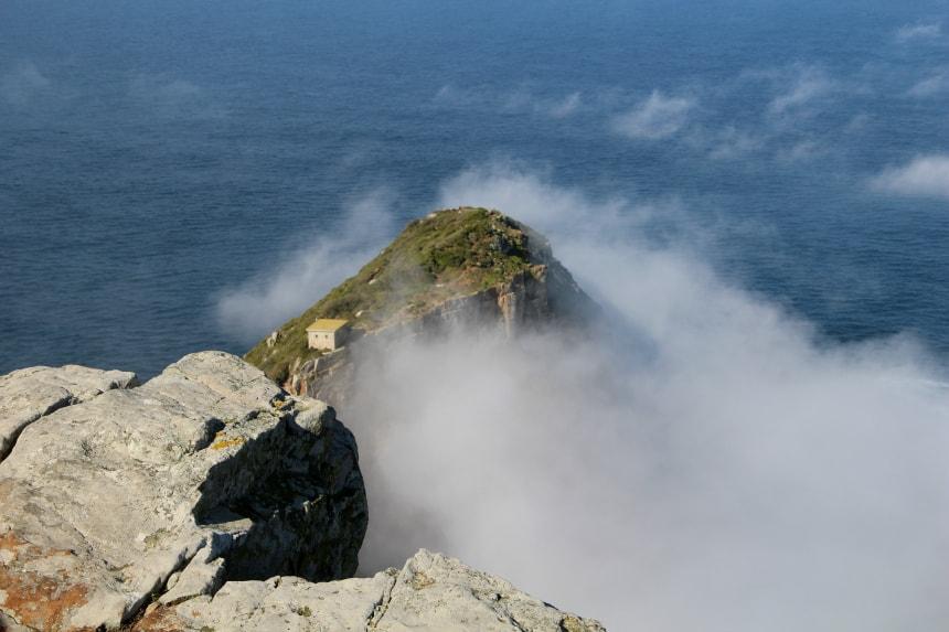 Het uitzicht op zee vanaf Cape Point