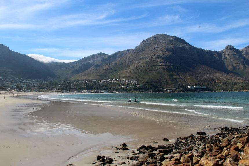 Het vissersdorpje Houtbaai vlakbij Kaapstad
