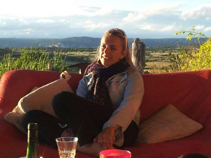 Annelies Aantjes, veertig levensjaren en sinds tien jaar woonachtig in de Franse regio Aveyron