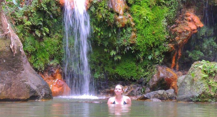 De warme watervallen van Sao Miguel - Caldeira Velha.