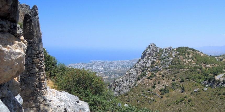 Vanaf het Hilarion kasteel heb je een prachtig uitzicht. Van Perzen tot Venetianen: iedereen was in Cyprus aan de macht.