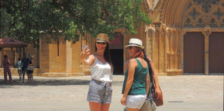 Deze kerk in Famagusta is al sinds 1298 een moskee.