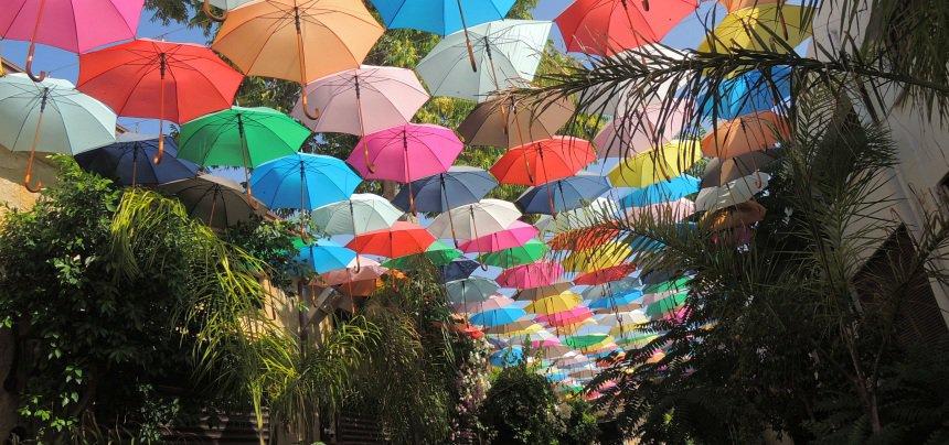 Kleurrijk Nicosia.