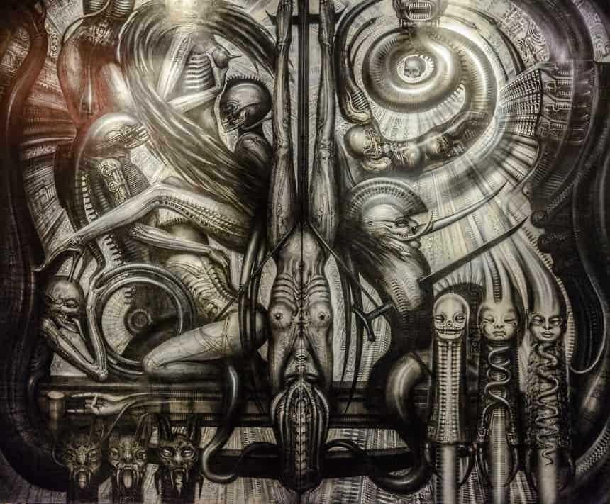 Werk van Grieger in het Alien museum