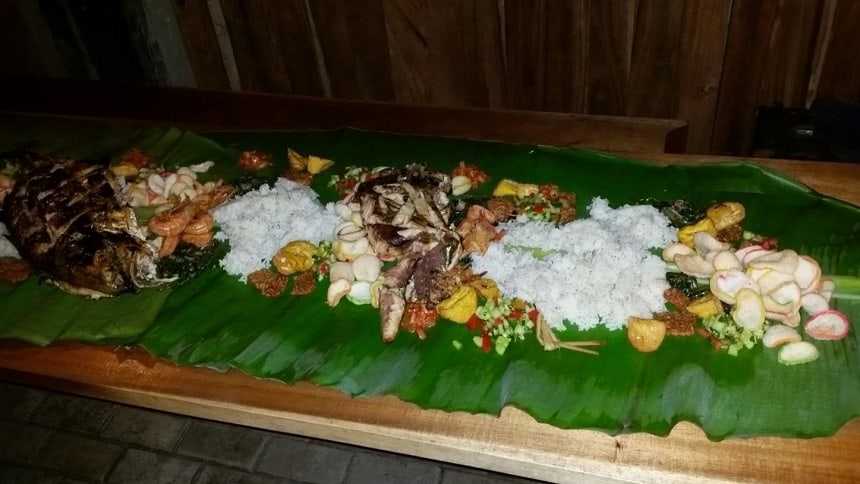 Het heerlijke lokale eten bij Villa Monyet