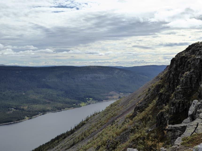 Hoe verder je komt op het hoge plateau van Skagsvola, hoe indrukwekkender het wordt!
