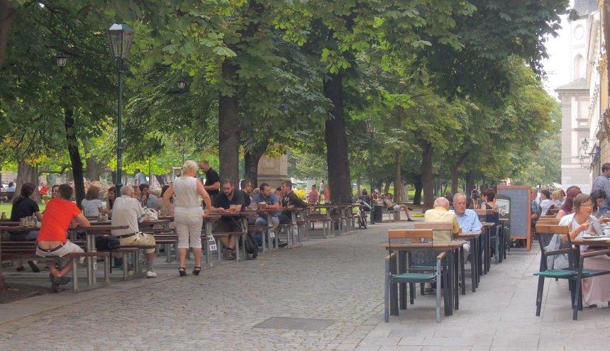 Aangenaam relaxen in het stadspark.