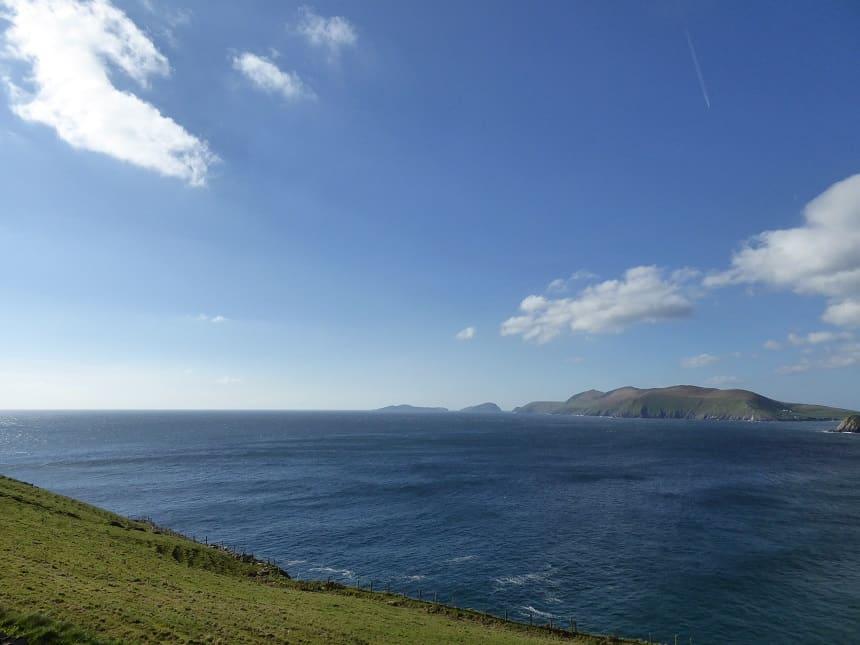 Ierland is natuurlijk altijd gevoelig qua weer, maar in het voor- en najaar heb je de meeste kans op zonneschijn!