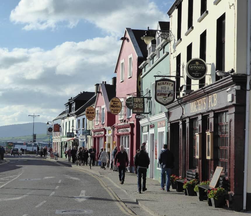 Het kleurrijke plaatsje Dingle Town