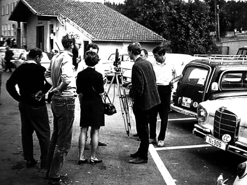 """Na het passeren van het IJzeren Gordijn op """"vrije bodem"""" hebben we talloze interviews moeten geven voor de wereldpers op 21 augustus 1968 als eerste """"ooggetuigen"""""""