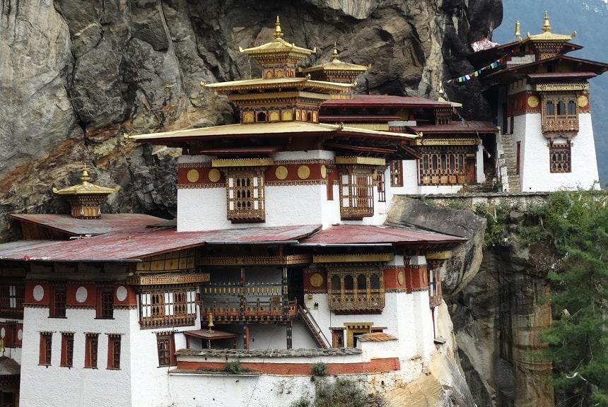De pittige klim wordt uiteindelijk beloond met een prachtig uitzicht op het imposante klooster