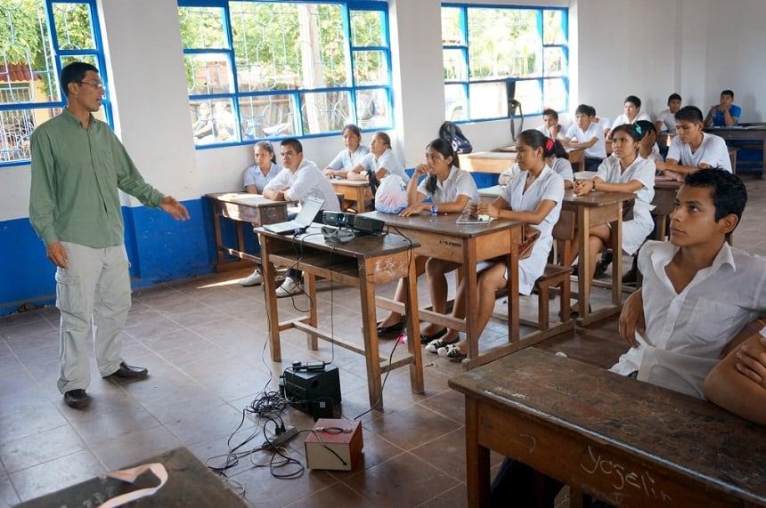 Natuur-educatieproject van het Amazone Fonds