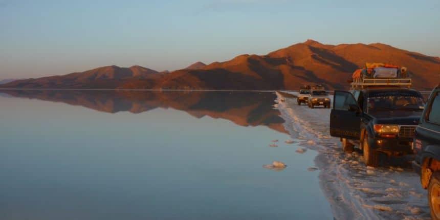 Je moet er heel vroeg voor opstaan, maar de zonsopkomst op de zoutvlakten van Uyuni is onvergetelijk mooi