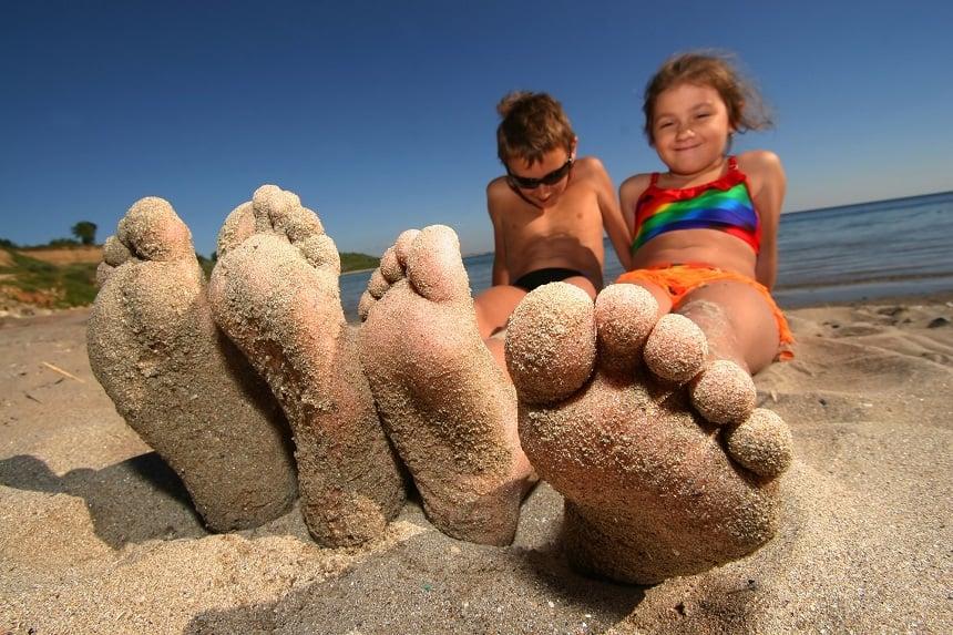 Griekenland is door de kleine avonturiers als beste bestemming voor strandvakanties verkozen.