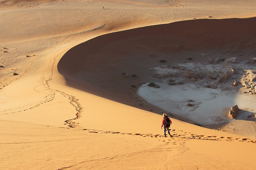 De Sossusvlei is een klei-vallei in het midden van de Namibwoestijn