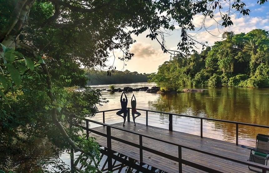 Danpaati River Lodge is gelegen op een eilandje in de Boven Surinamerivier. Ongeveer 350km ten zuiden van Paramaribo. Midden in het tropisch regenwoud.