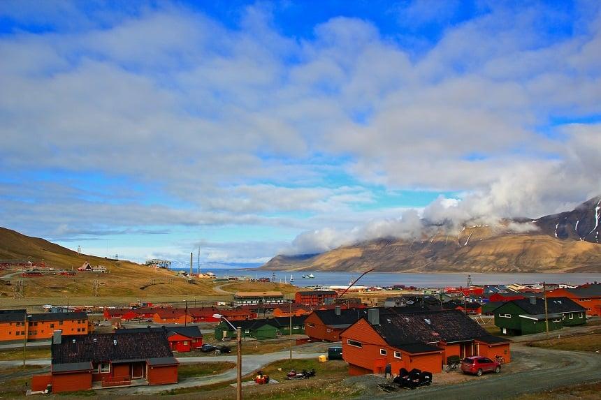 Longyearbyen in de zomer.