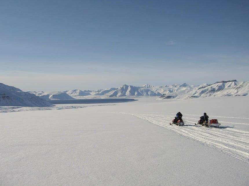 bucketlist spitsbergen sneeuwscooter