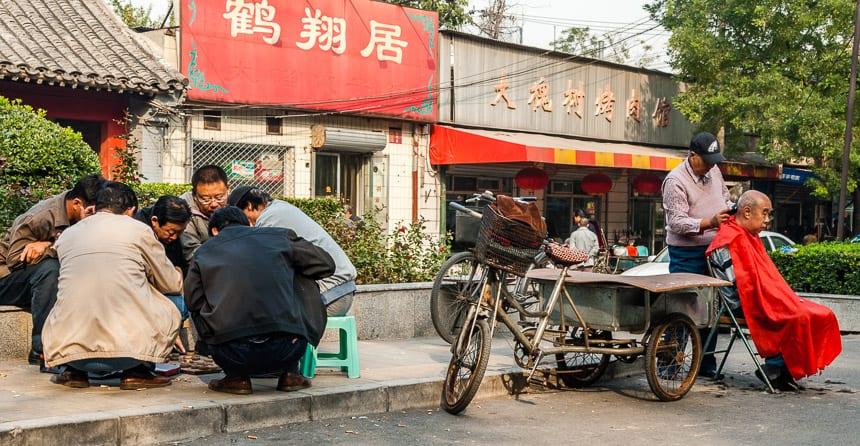 Op straat zie je een ander China dan alleen de Highlights