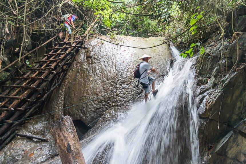 Hundred Waterfalls Tour op de Nam Tha rivier