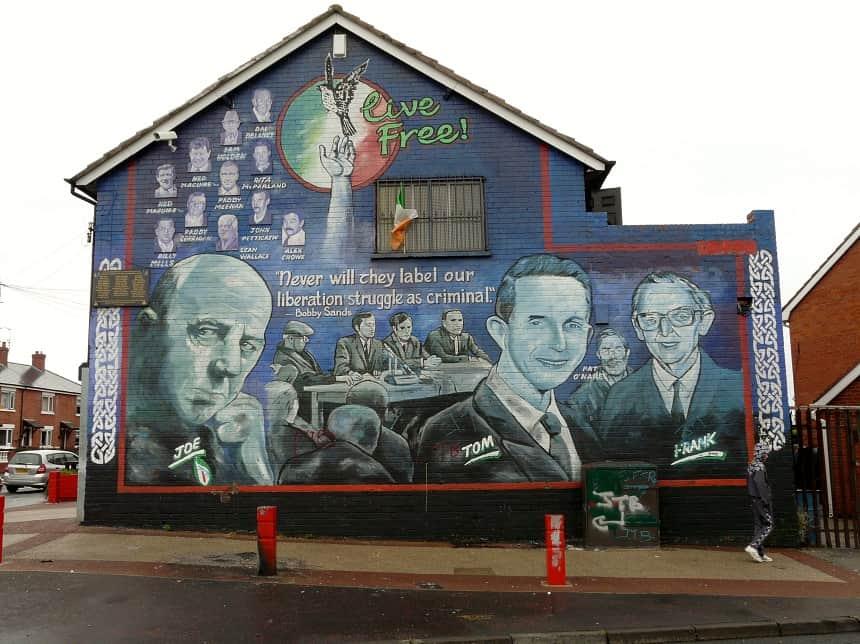 Murals in Belfast en Derry