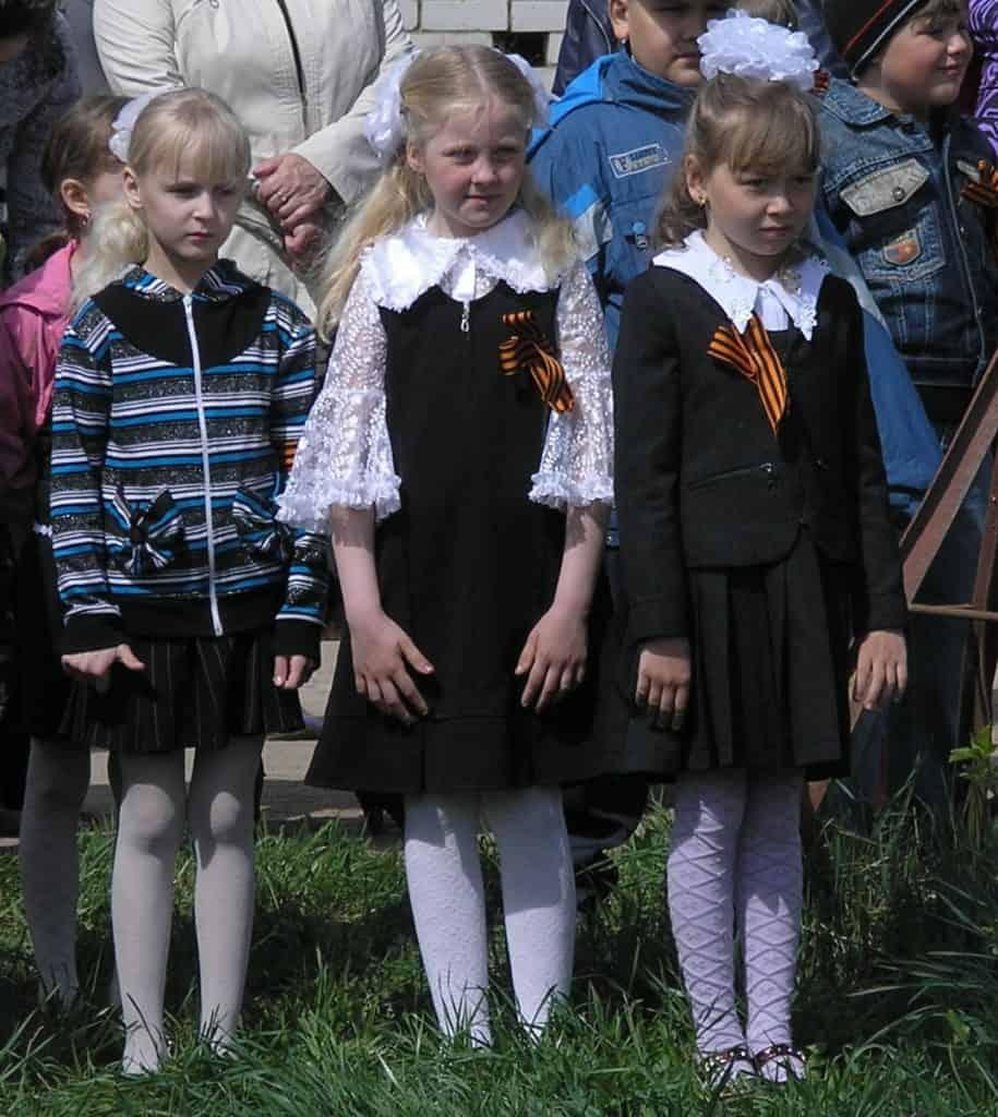 Kinderen vieren de Dag van de Overwinning in Moskou