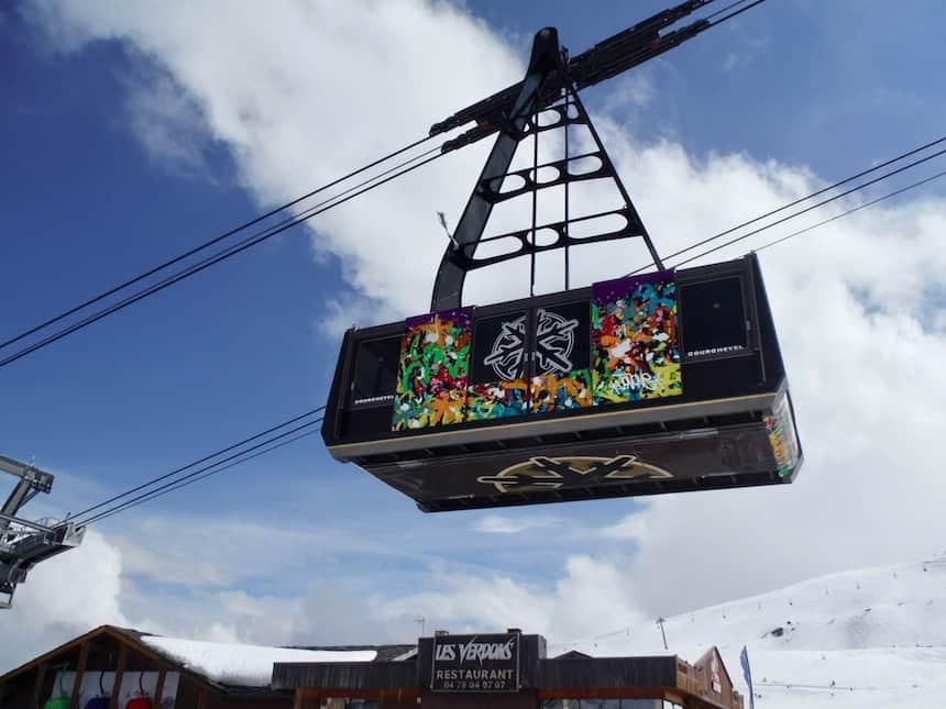 geschilderde kabelbaan Courchevel