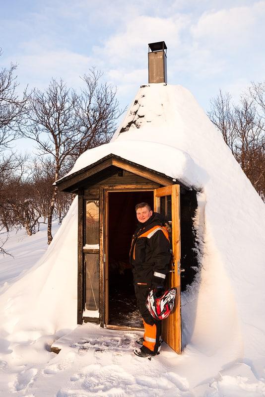 Sebastian Rasmus, Sámi in nieuw Jasje, Ailigas, Finland