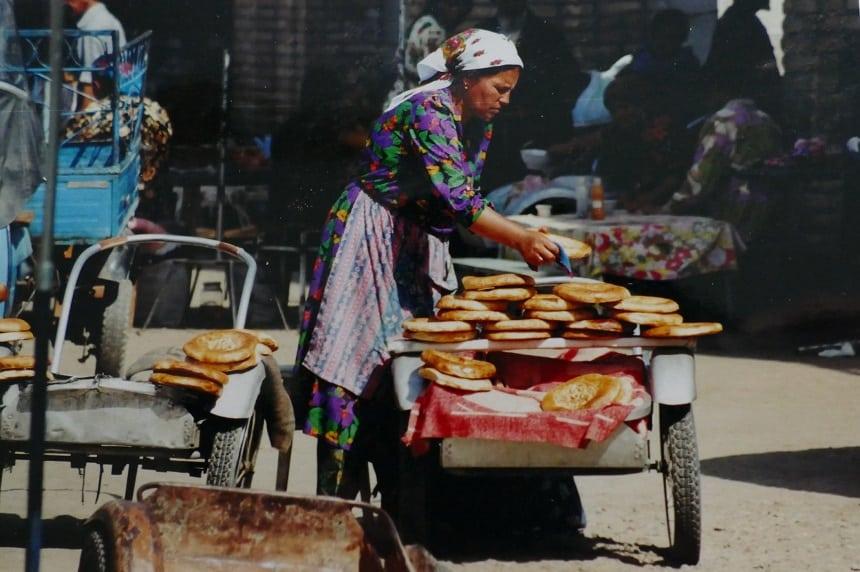 shakhrisabz broodverkoopster