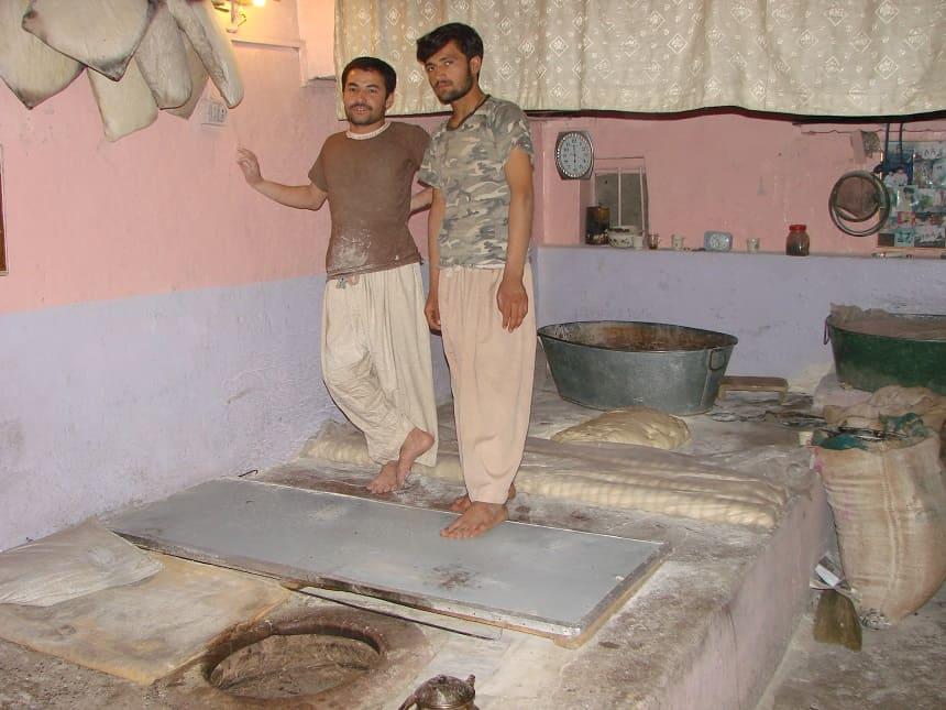 bakker pakistan